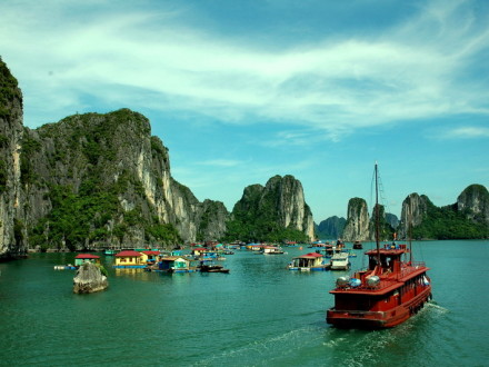 The Junk cruising in great scenery of Halong Bay