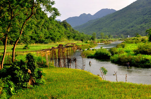 Water wheel at Pu Luong Nature Reserve Vietnam