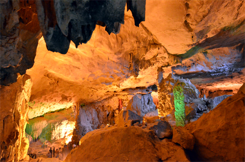 Sung Sot Cave in Halong Bay