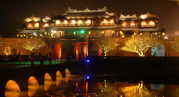 hue citadel at night