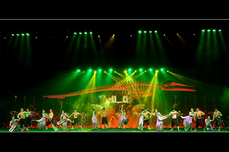 Fishermen Show in Mui Ne Vietnam - Schedule Show in Wednesday, Friday and Saturday at 20:00, in Lang Chai Theater, Nguyen Thong Roundabout, Phan Thiet City