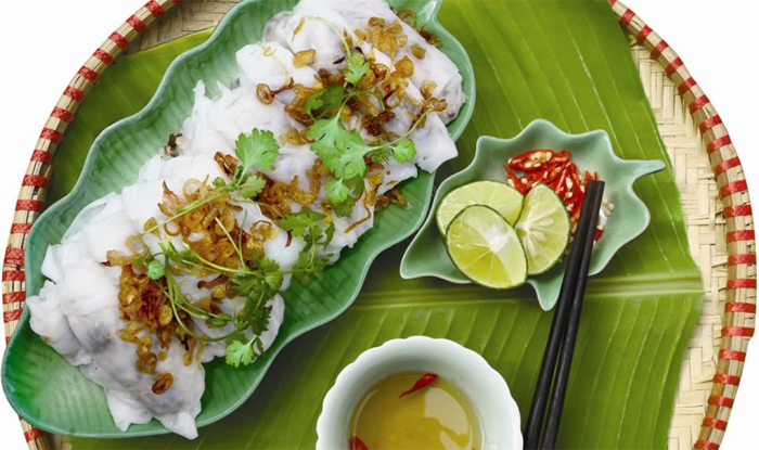 Banh Cuon (the stuffed rice flour cake)
