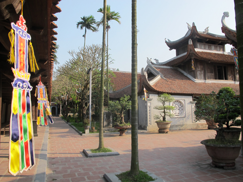 But Thap Pagoda at about 30km from Hanoi Capital