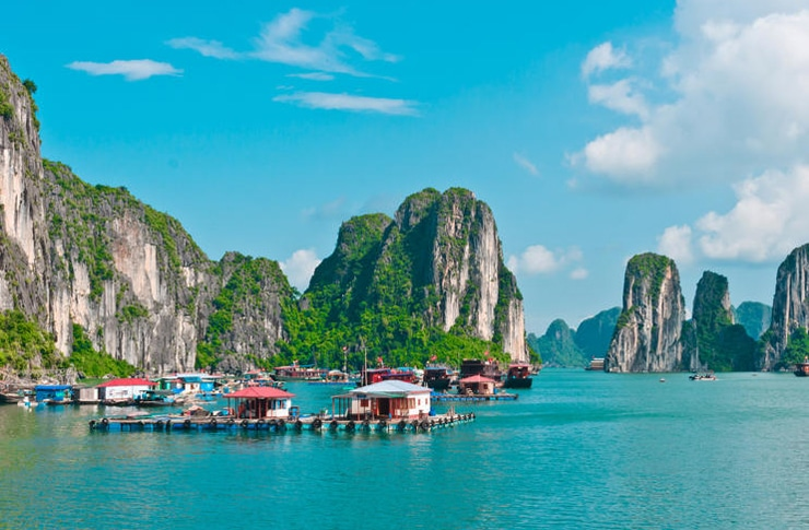 Visit Halong Bay in Indochina Tours 2019
