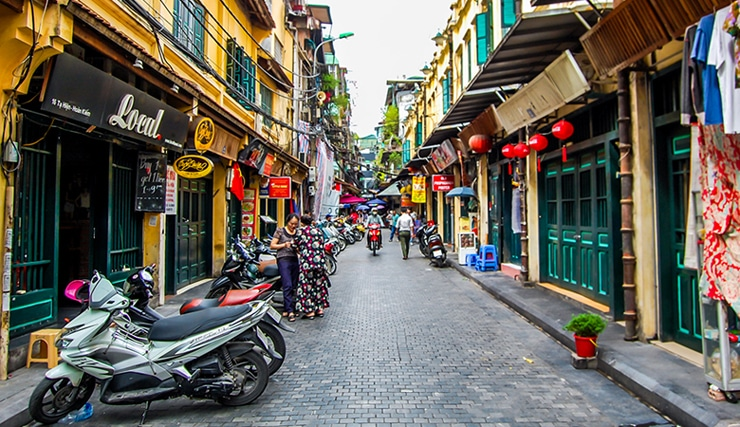 Visit Hanoi Old Quarter in Indochina Package Tour